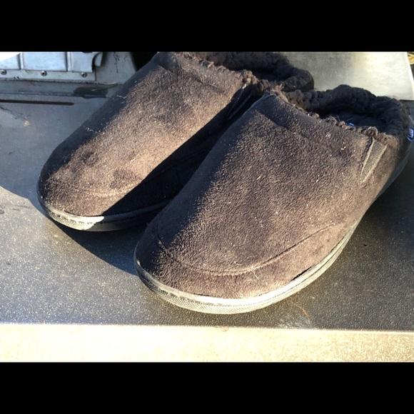 IZOD Men's Spring Foam Indoor Outdoor Slippers